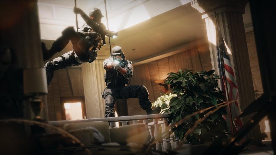 Rainbow Six Siege: Acción táctica por equipos y destrucción