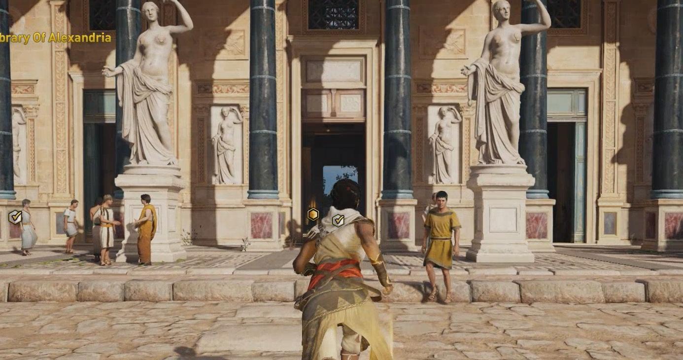 Assassin's Creed: Origins: Discovery Tour viste las esculturas desnudas