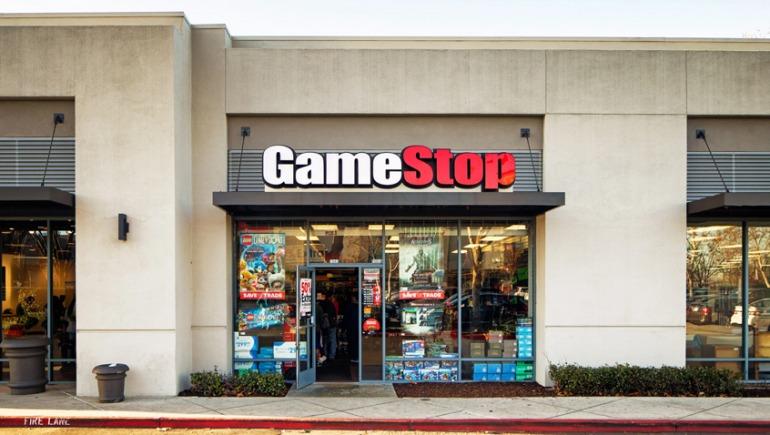 GameStop sigue sin acatar restricciones y es forzado a cerrar en Boston