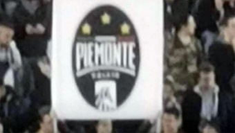 Un aficionado hace realidad al Piemonte de FIFA 20 en un partido de la Juventus de CR7