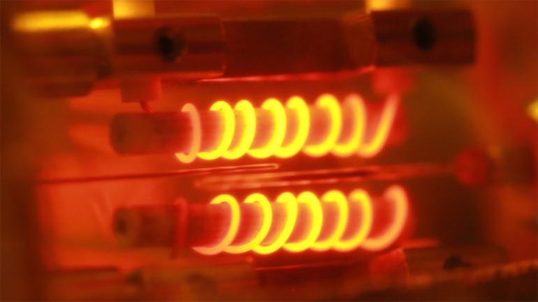 Imagen: WikiSypop. El Efecto Joule explica por qué se calientan nuestros componentes electrónicos.