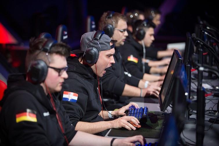 El equipo Navi gana 150.000 dólares en la final de World of Tanks