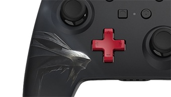 Nintendo Switch recibe este mando Pro personalizado con detalles de The Witcher 3
